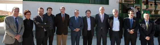 Griñán inaugurates the school of San Isidro designed by FERRER ARQUITECTOS