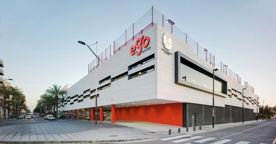 Proyecto y Dirección de Obra de Ego Sport Center. Almería. 2010.