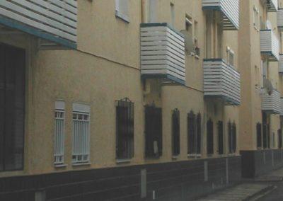 Proyecto y Dirección de Obra de la Rehabilitación de 388 viviendas en El Tagarete. Almería. 2006.