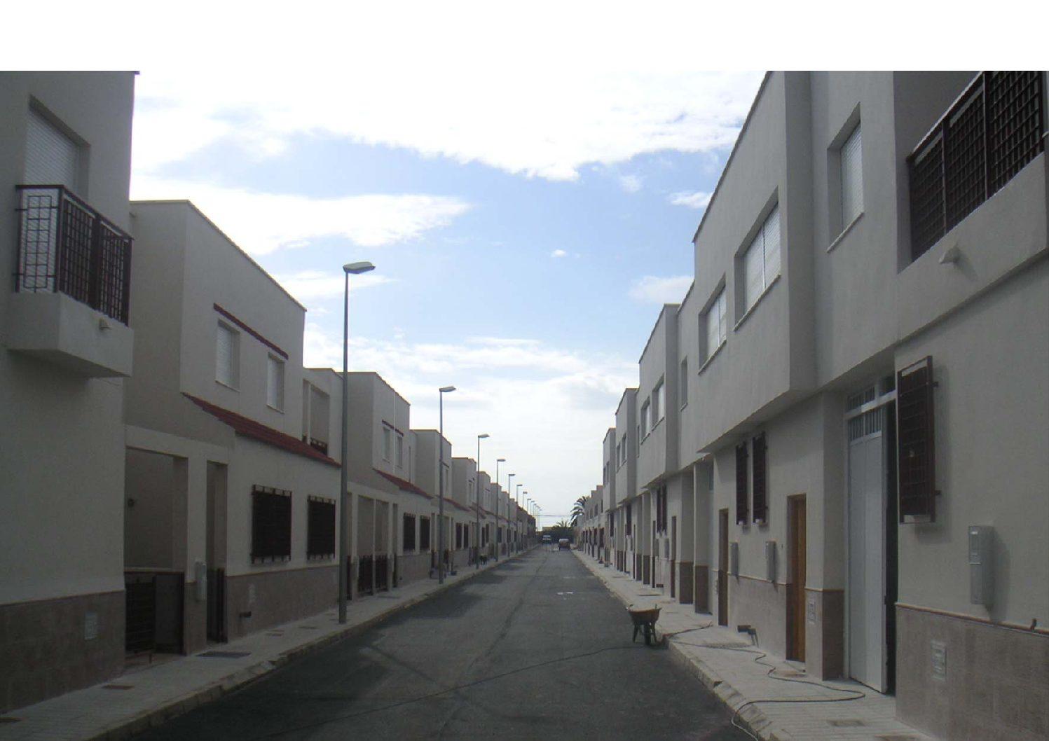 Proyecto y Dirección de Obra de 34 VPO en San Isidro, Níjar. Almería. 2010.