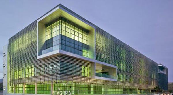 Proyecto y Dirección de Obra de Edificio PITA. Almería. 2009.